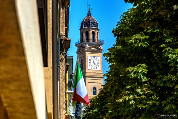 La torre e il viale - Gianluca Storani Photo Art (ID: 1-5885)