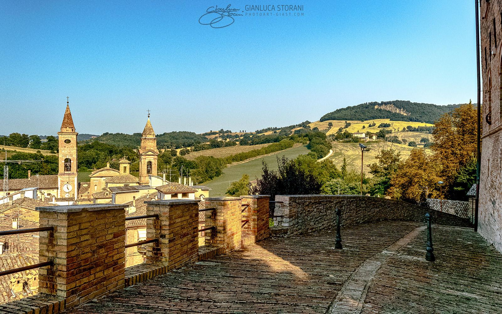 Le due torri di Caldarola - Gianluca Storani Photo Art (ID: 1-4711)