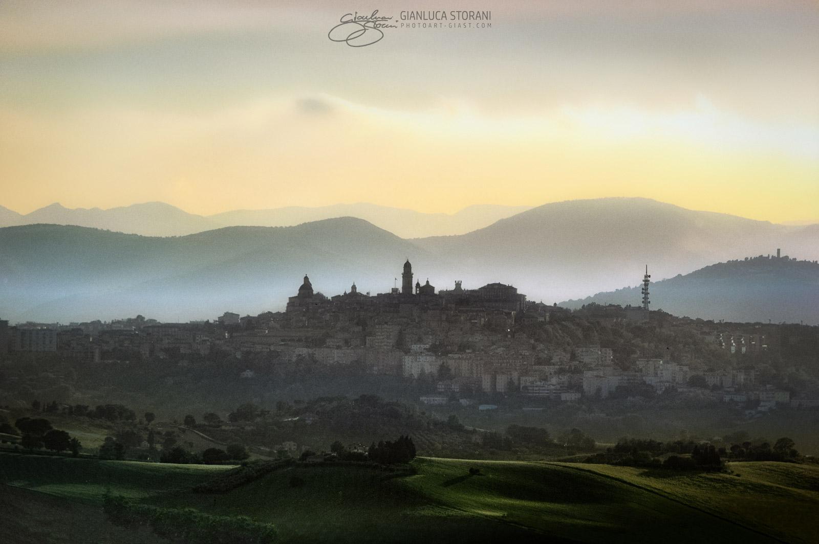 Macerata una città magica - Gianluca Storani Photo Art (ID: 3-7357)