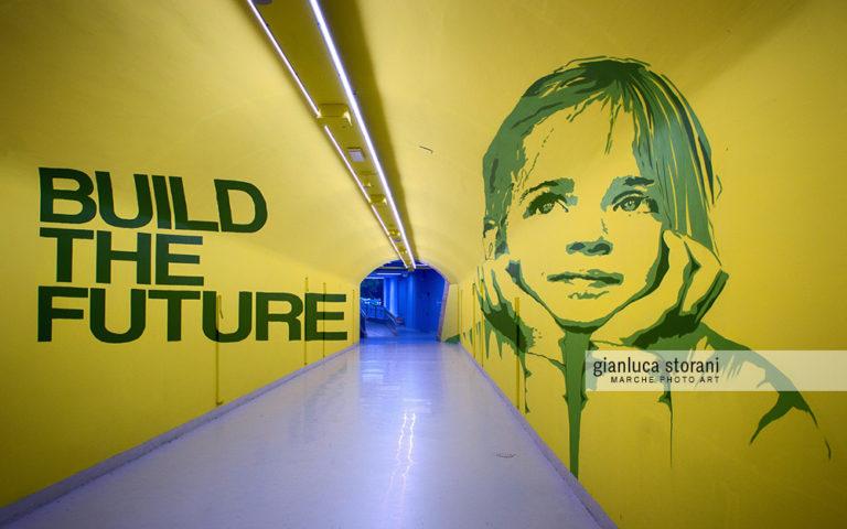 Build the future - Gianluca Storani Photo Art (ID: 5-1768)