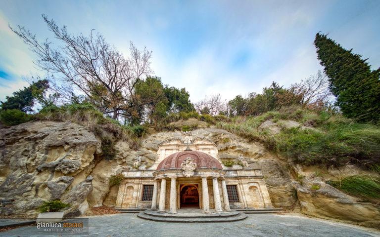 Il tempietto di S. Emidio alle grotte