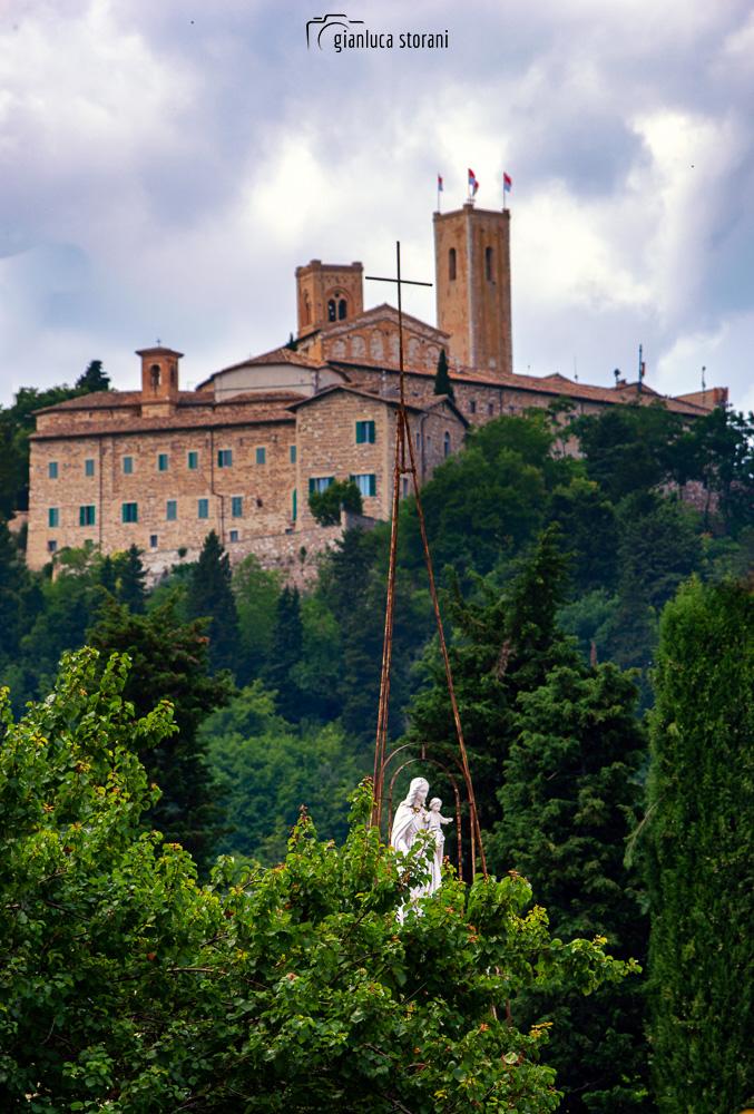 Uno scorcio del castello di San Severino Marche