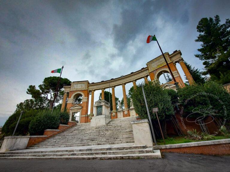 Il Monumento ai caduti di Macerata