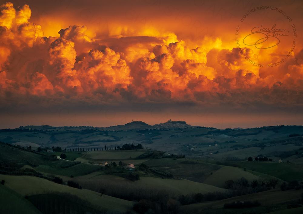 Un tramonto infuocato