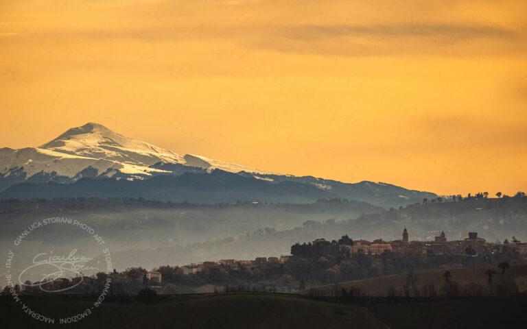 Urbisaglia e i Monti della Laga innevati