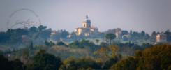 La chiesa di Santa Maria delle Vergini prima del sisma